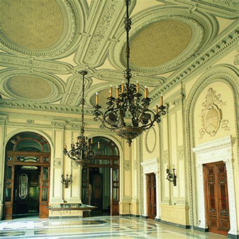 banche a bologna emilia romagna bologna palazzo residenza carisbo