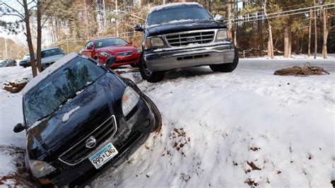Infinity Auto Gehört Zu by State Of Emergency In As Second Snowstorm