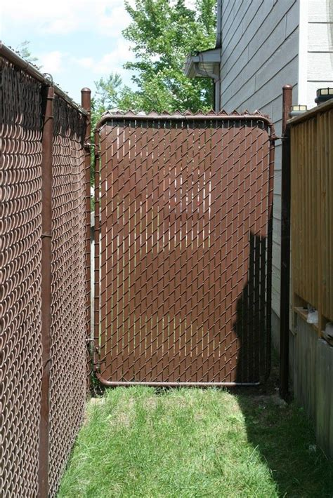 privacy slats   fence design chain link fence