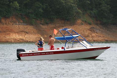 small boat values commander 150 ski boat with tower bridge bay marina