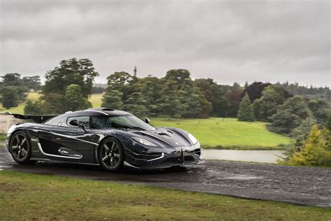 koenigsegg one wallpaper koenigsegg one 1 wallpaper