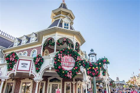 photos christmas decorations pop up on main street usa at