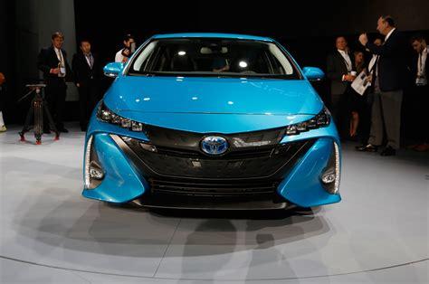 Prime Toyota 2017 Toyota Prius Prime Drive Review Motor Trend