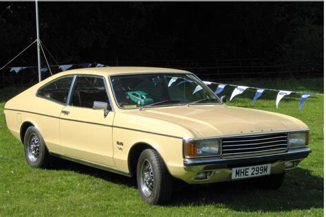 cc capsule ford granada the non brougham version