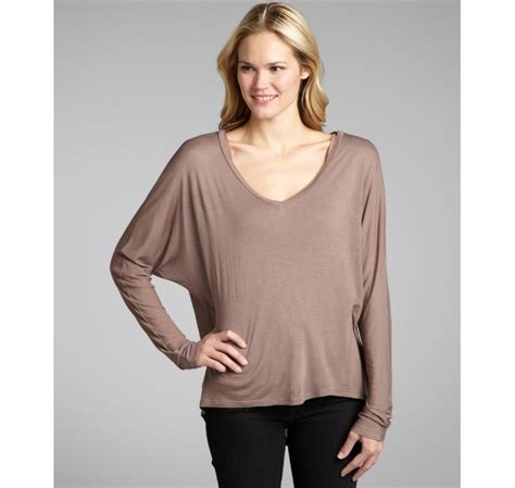 Dolman Sleeve Top 1 Dressing With Dolman Sleeves Hourglassy