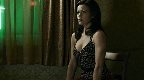 geralds game carla gugino on gerald s game one of the most fulfilling things i ve done den of geek