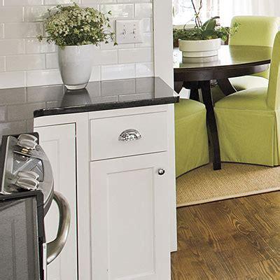 shaker style kitchen cabinet hardware movin on up more johnston news matt sarah