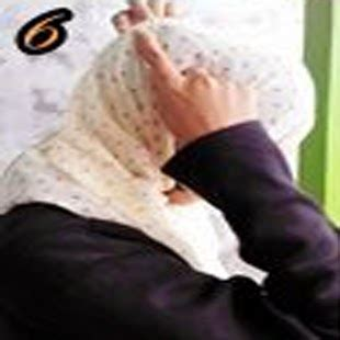 Aisyah Polka cara memakai jilbab kreasi jilbab shwal chiffon polkadot