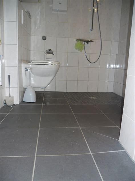 behindertengerechtes badezimmer planen fishzero badewanne dusche behindertengerecht