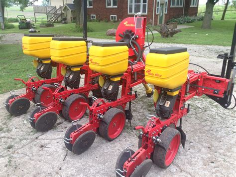 Row Planter For Sale by Sold Planter For Sale 2014 Matermacc Ms8200 Four Row
