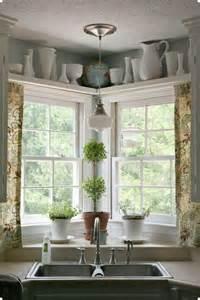 Kitchen Sink Windows