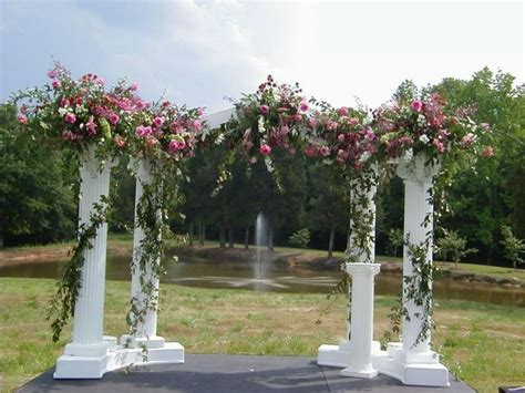 Indoor Wedding Arch Uk by 25 Best Ideas About Indoor Wedding Arches On