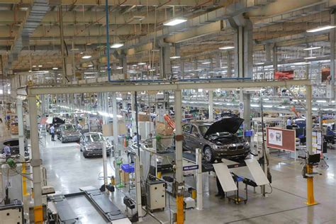 bmw 3 series assembly plant bmw india goes on to achieve a 50 percent localisation