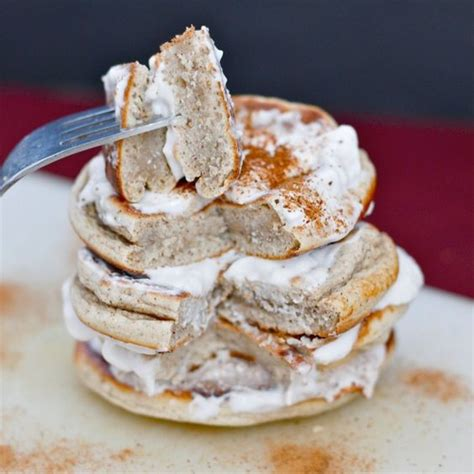 d protein powder sugar free cinnamon bun pancakes high in protein without protein