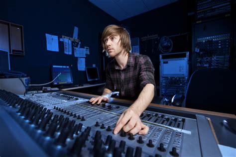 Recording Engineer Description by Audio School Toronto Trebas Institute Toronto