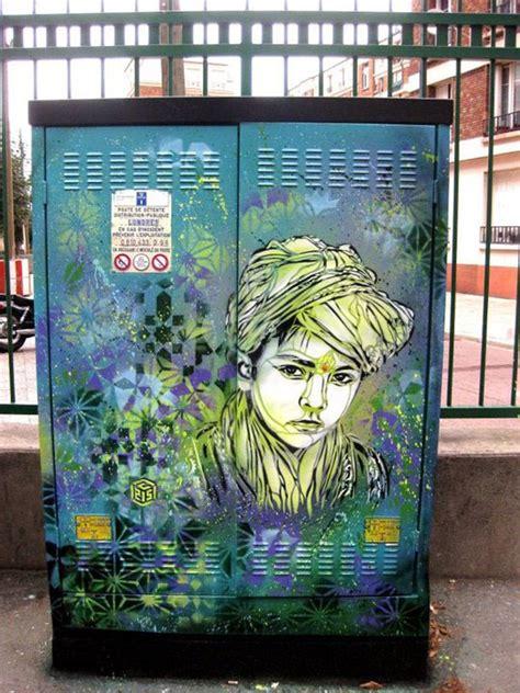 awesome graffiti    globe  pics