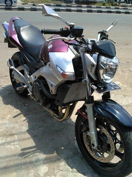 classic bikers shop suzuki gsr  cc istimewa harga  juta
