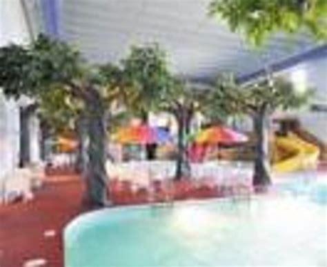 comfort inn pirates bay comfort inn pirate s bay indoor water park thumbnail