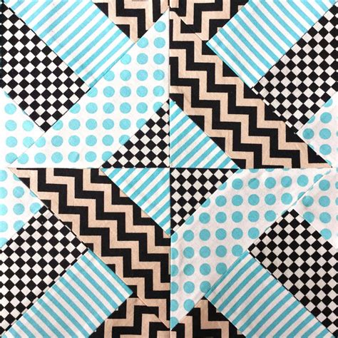 Square Patchwork Patterns - doubly striped half square triangle block favequilts
