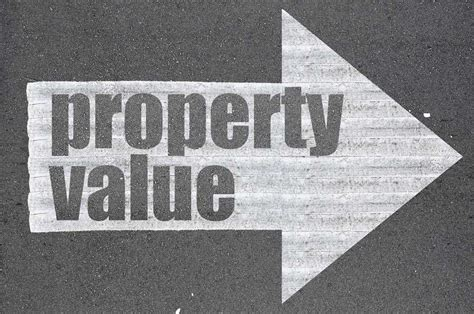 what makes property value decrease 50 believe property value will rise this year