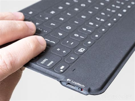 Keyboard Portable Logitech a look at the logitech to go ultraportable