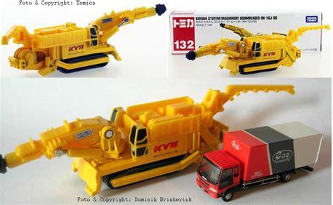 Tomica 132 Kayaba System Machinery Boonheader Rh 10j Ss tomica html
