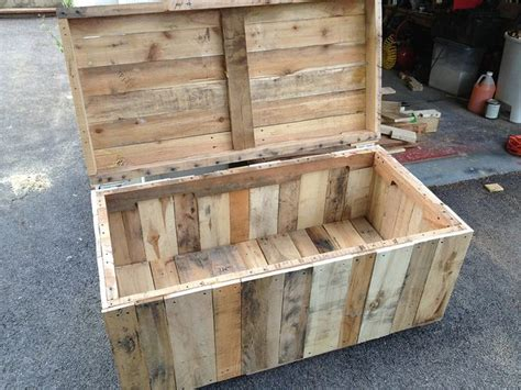 project  outdoor toy box   pallet toy boxes