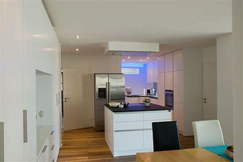 küche mit ziegel backsplash k 252 che boden dunkler