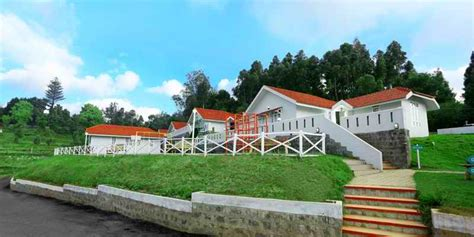 space 4 resorts ooty ooty cottages booking 088830 43334
