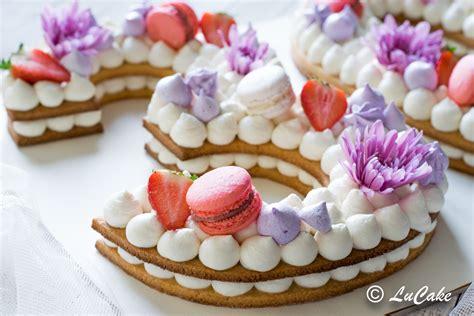 come fare una torta a forma di fiore number cake la torta da sogno per compleanni e cerimonie