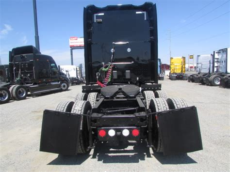used kw t680 used 2015 kenworth t680 sleeper for sale in ca 1185