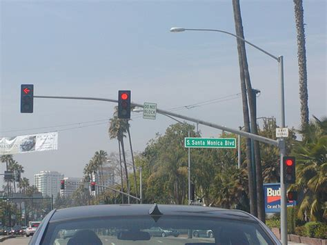 beverly hills red light camera westbound wilshire blvd crosses at south santa monica blv