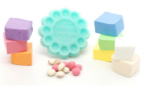 what color is mold 1 12 macaron mold with 8 colors of clay stewart