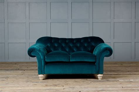 teal chesterfield sofa teal velvet chesterfield sofa 28 images the colour