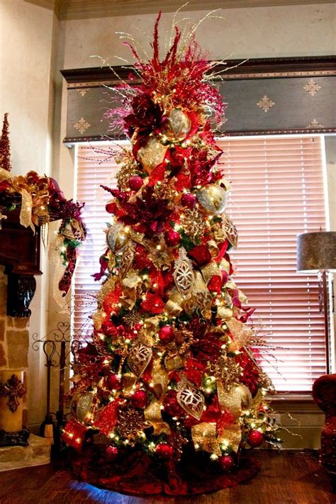 awesome christmas decorations awesome ideas for gold tree decoration happy day