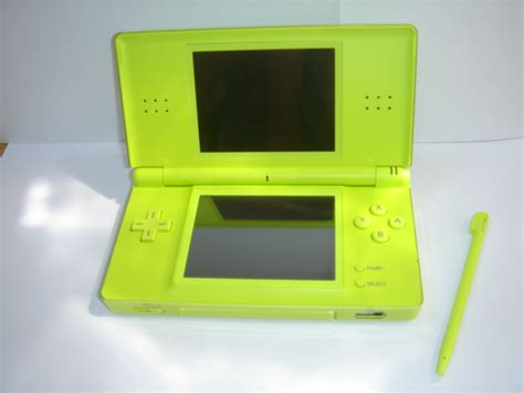 Ds Lite by Ds Lite Trendyyy
