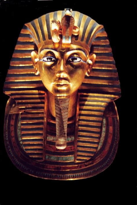 panoramio photo of death mask of tutankhamun