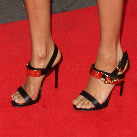 imagenes de sandalias bellas alexa dixon con unas bonitas sandalias pies de celebrity
