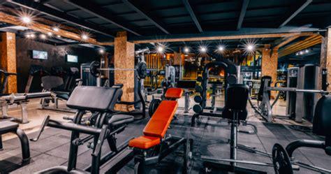 pieces  gym equipment