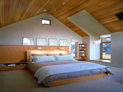 Desain Kamar Di Loteng | 15 inspirasi desain kamar tidur di loteng majalah griya asri