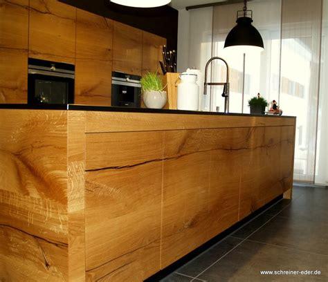 kücheninsel mit schränken und sitzgelegenheiten kochfeld idee k 252 cheninsel