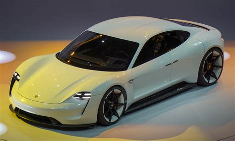 porsche mission porsche unveils all electric concept in frankfurt 187 autonxt
