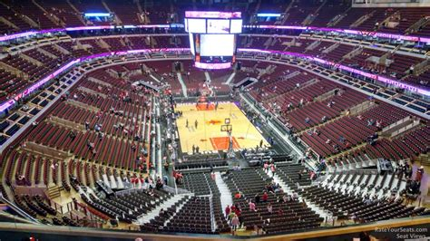 Section 327 United Center by United Center Section 327 Chicago Bulls Rateyourseats
