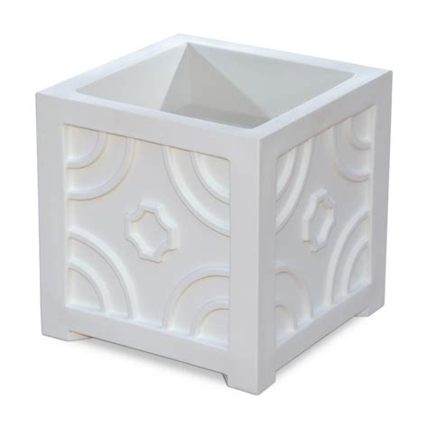 Square White Planter by Mayne 16 In Square White Plastic Planter 5859 W