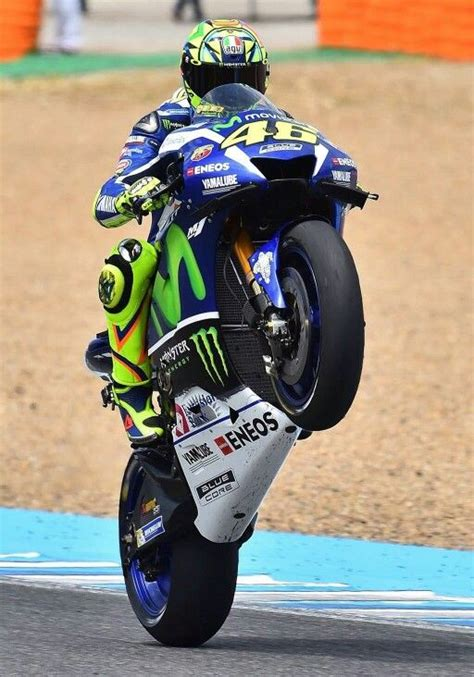 Kaos Valentino The Goat Valentino Vale 29 113 best vale46 images on vr46 valentino 46 and motogp