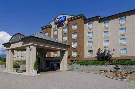 comfort inn suites hotel reviews deals salmon arm