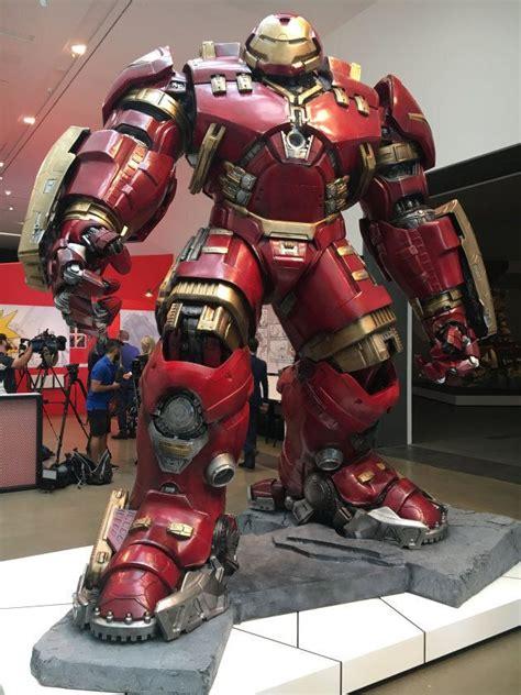 heres find worlds biggest marvel art