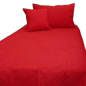 Quilted Bed Covers And Throws by Quilted Bedspread Throws Filled Cushion Covers Large