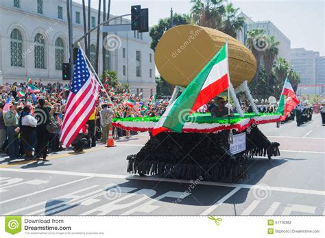 new year parade los angeles 2015 cyrus cylinder parade float editorial photography image