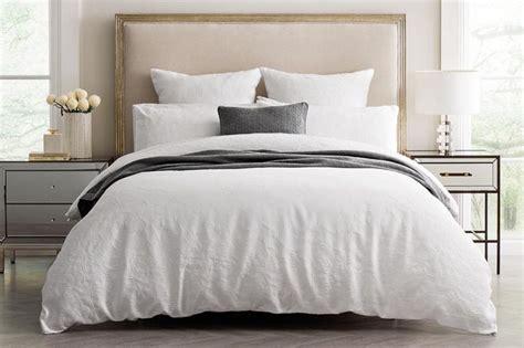 1000 Ideas About Pillow Arrangement On Pinterest Bed | 1000 ideas about pillow arrangement on pinterest bed